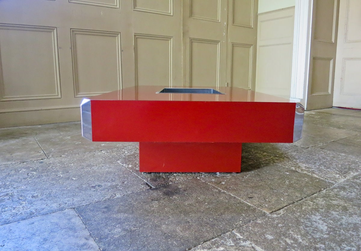 Rizzo coffee table Italian design 1970's