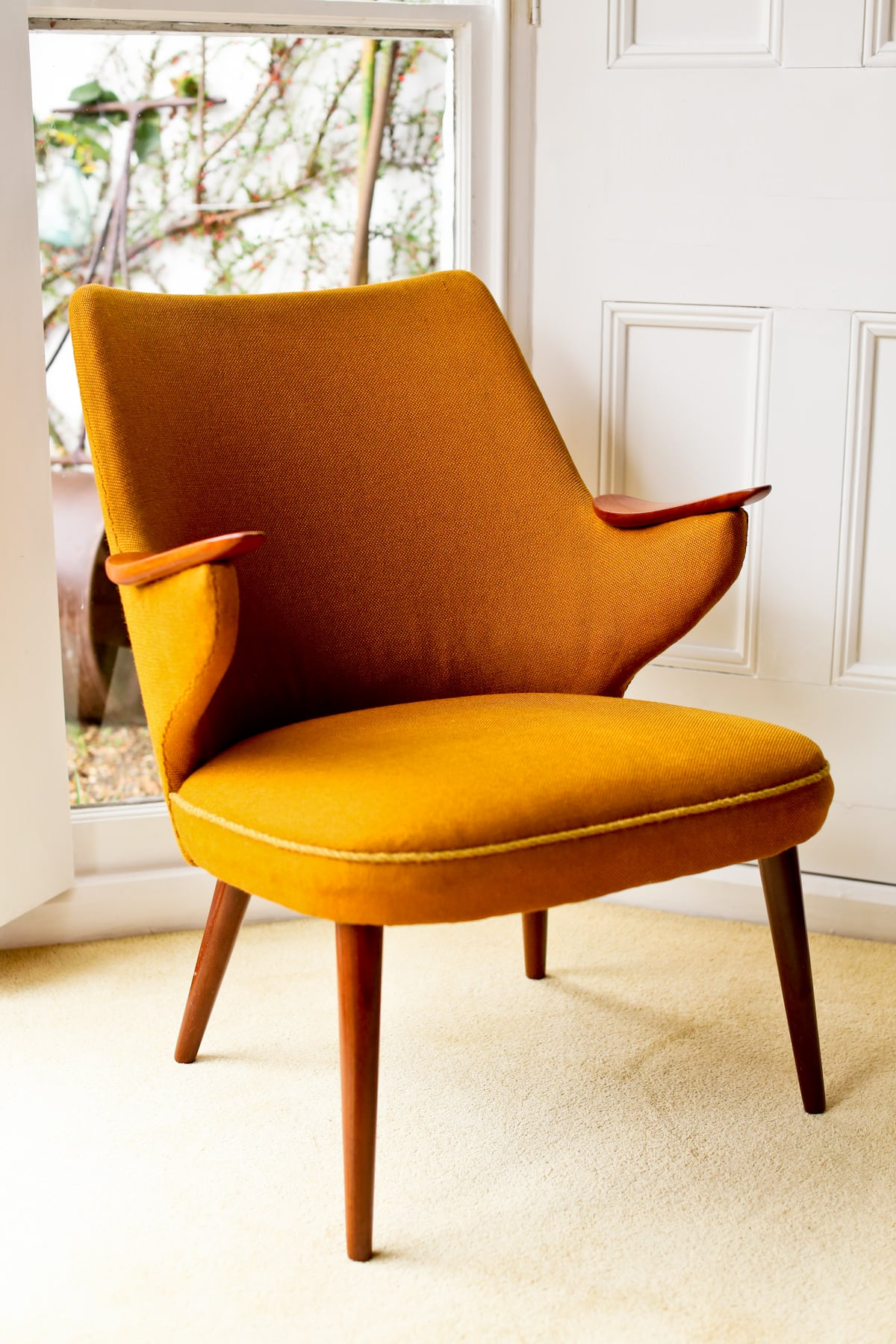 Armchair mid century furniture London 1950's
