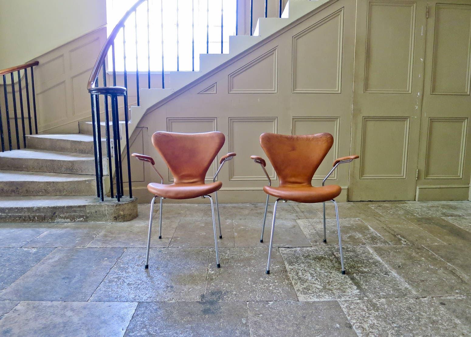 Mid century modern furniture Fritz Hansen Arne Jacobsen series 7 armchairs