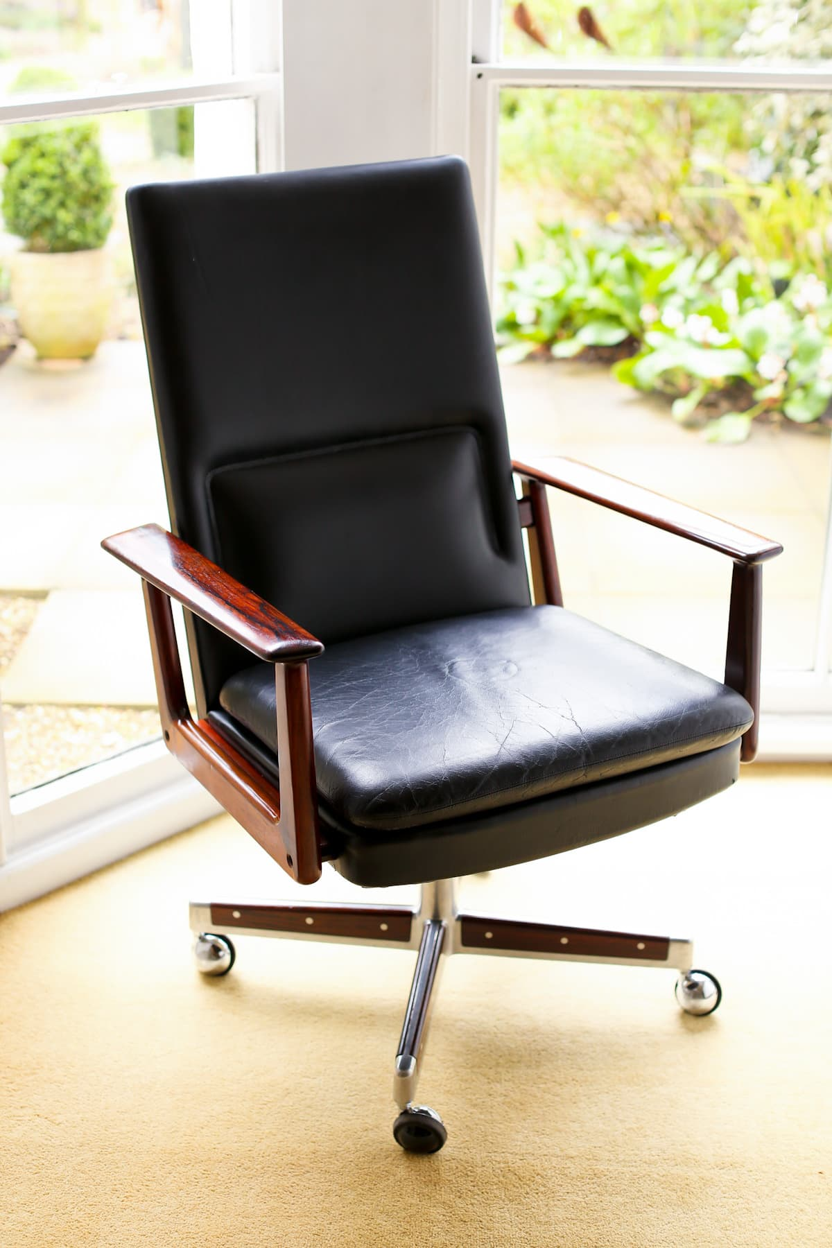 Arne Vodder Sibast mid century armchair rosewood & leather