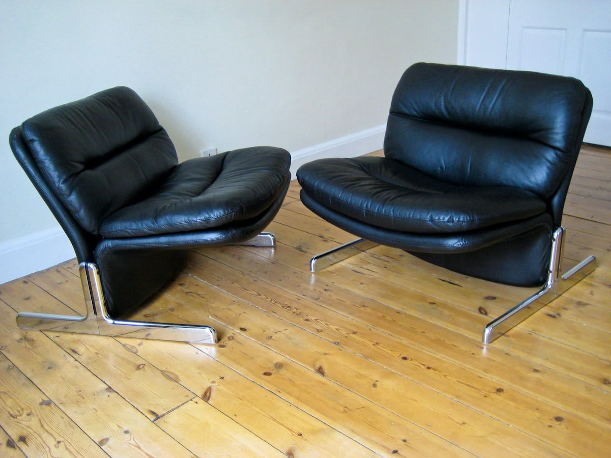 Vintage furniture London chairs leather by Brunati 1970's