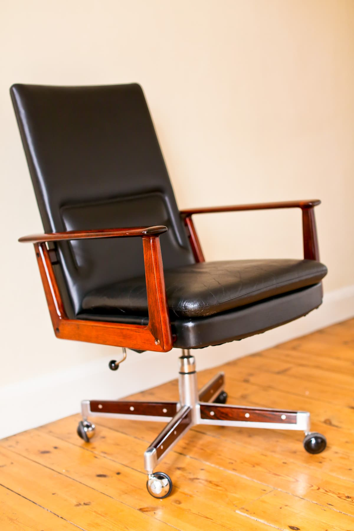 Arne Vodder mid century armchair Sibast leather