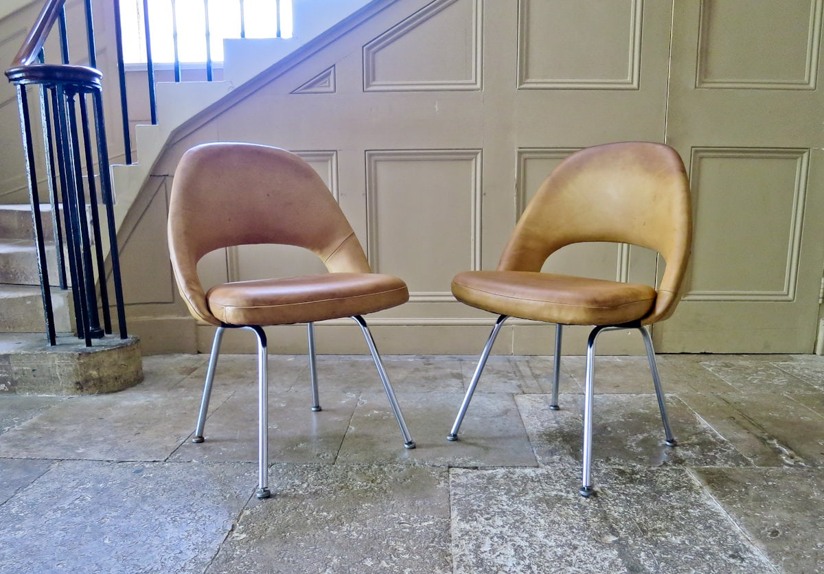 Knoll vintage chairs leather Executive Eero Saarinen 1950's