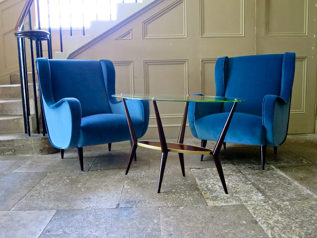 Italian design coffee table velvet armchairs 1950's