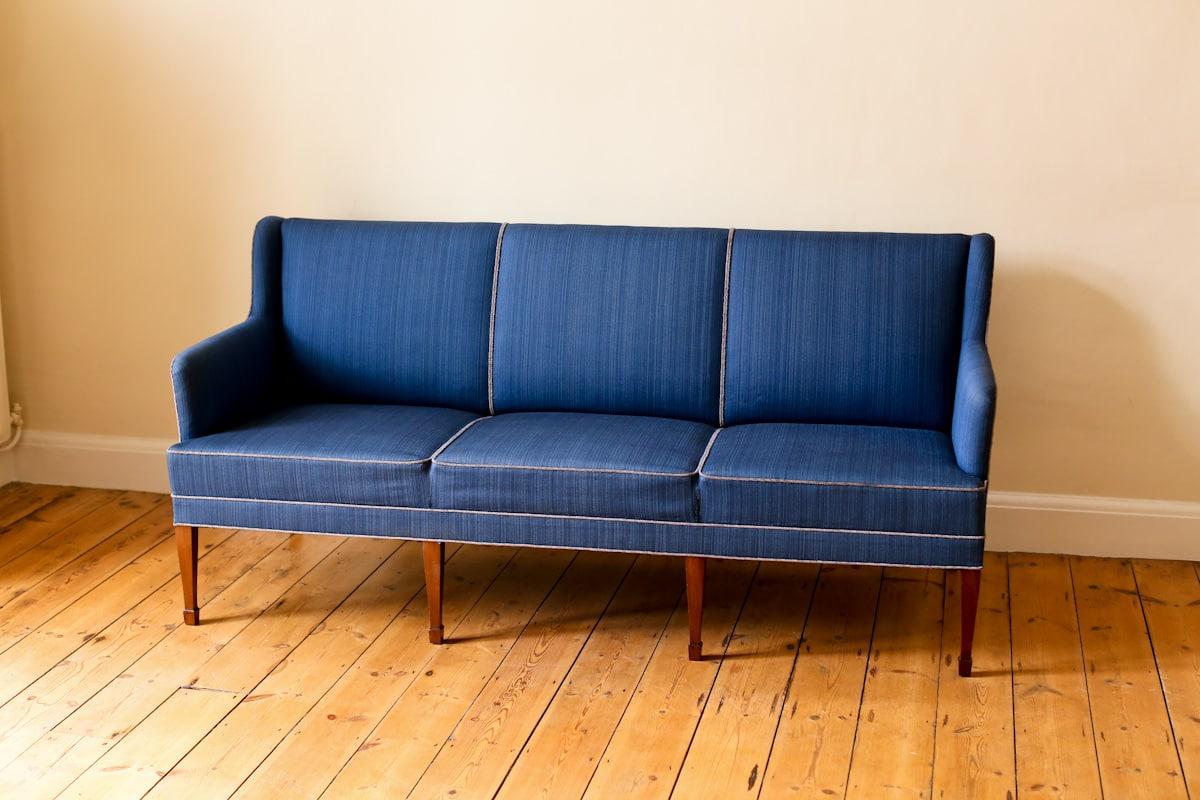 Fritz Henningsen sofa Danish mid century design 1950's