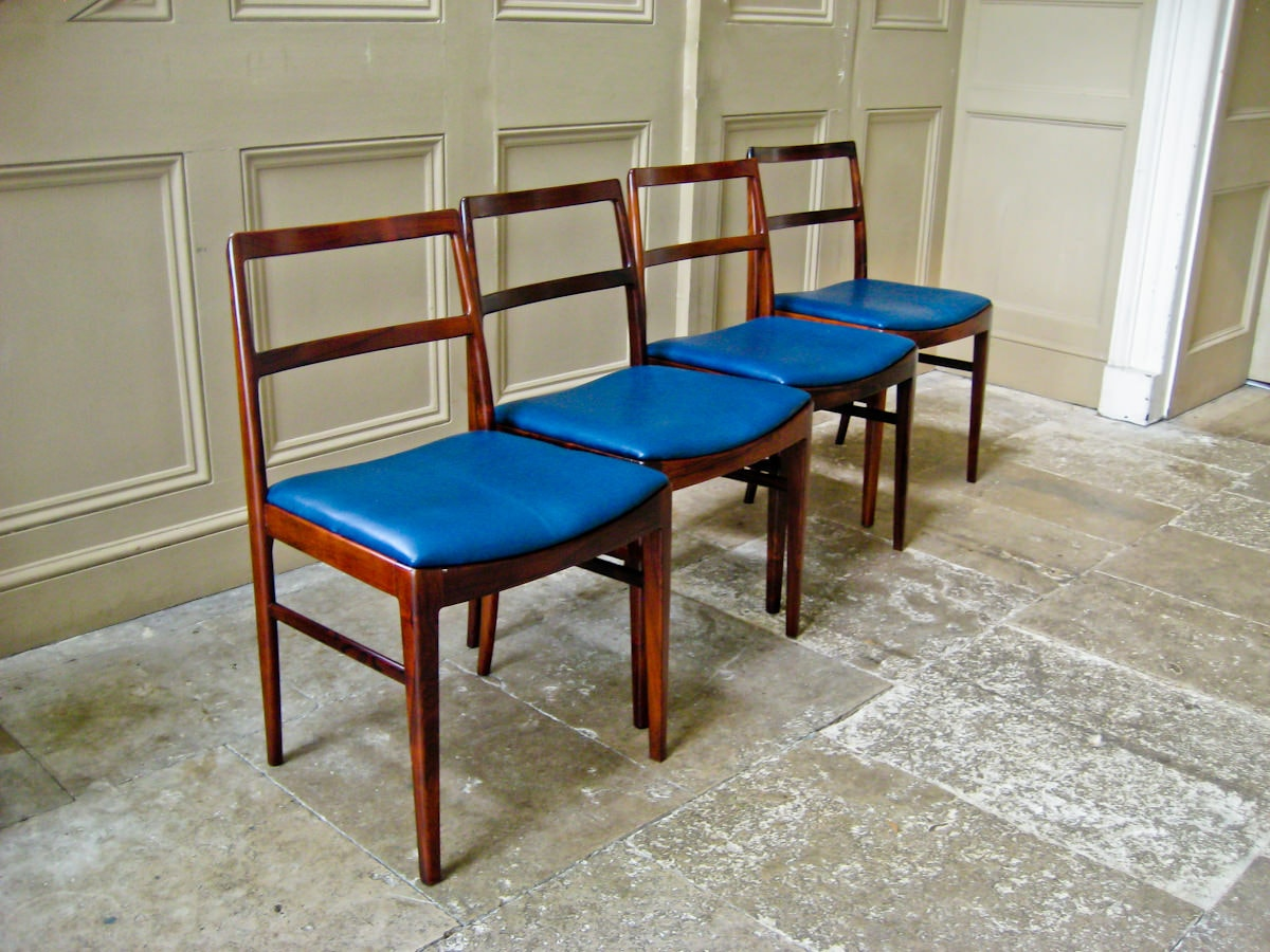Arne Vodder mid century dining chairs Sibast rosewood