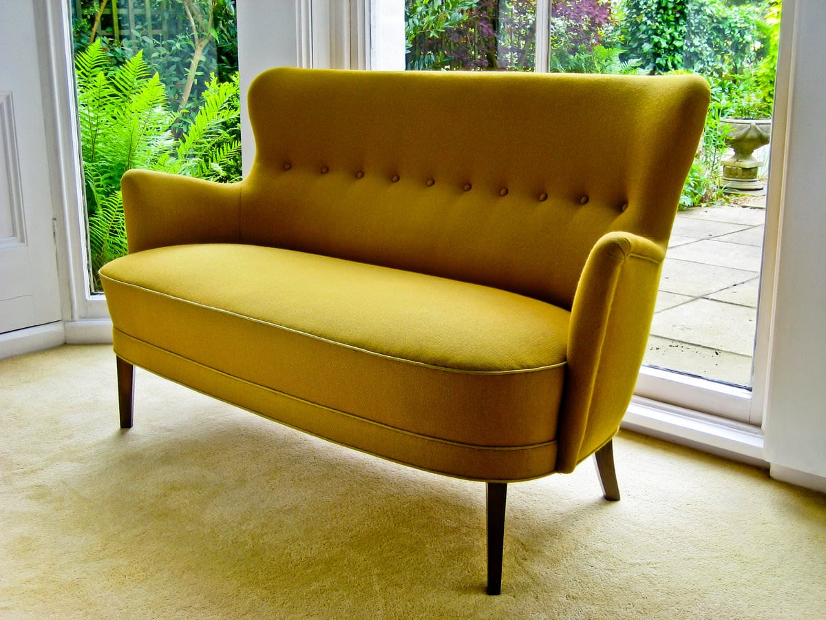 Danish design mid century sofa high back sofa alto stile for Danish design sofa