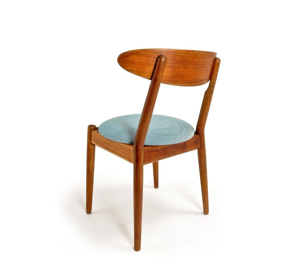 Teak dining chairs JPoul Jeppesen Louisiana modern art gallery Denmark 1950's